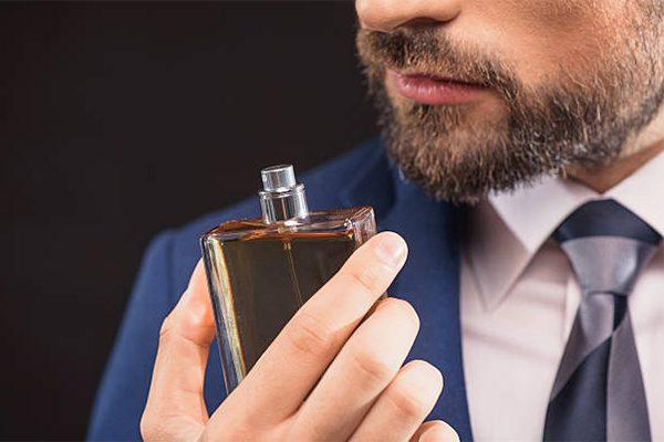Revisa nuestras sugerencias de perfumes para hombre, econtrarás el producto que deseas