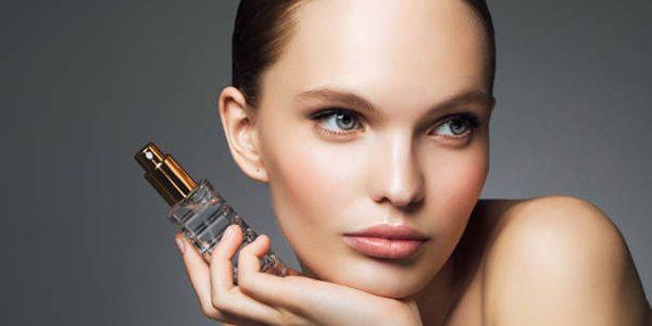 Te proponemos una variada oferta de perfumes para mujer donde econtrar lo que buscas al mejor precio