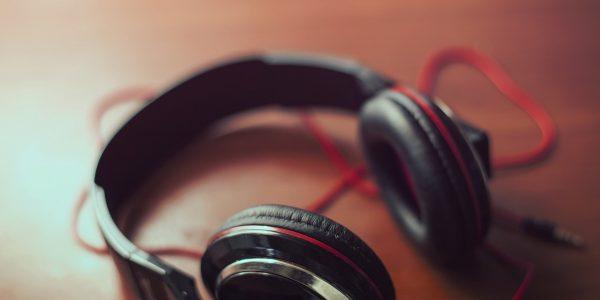 Consigue el sonido más nítido lo mejor es alguno de estos auriculares con cancelación de ruido