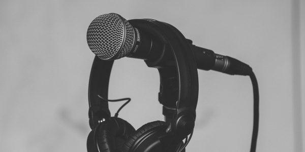 Habla claramente y disfruta del sonido con cualquiera de los auriculares con micrófono que te proponemos