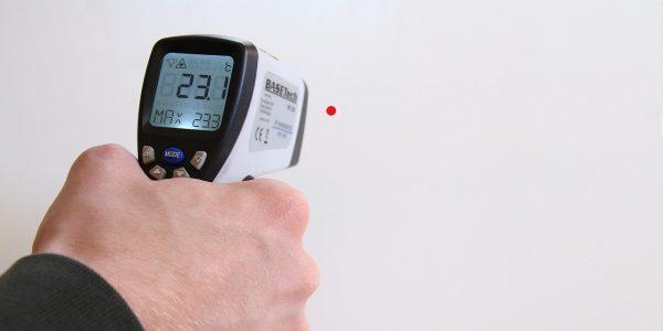 Un botiquín doméstico necesita de termómetros clínicos como los de esta sección para estar completo