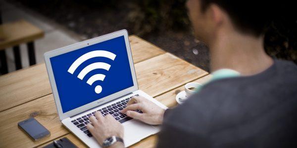 A la hora de conectar con internet nada más cómodo que los dispositivos WiFi que te presentamos