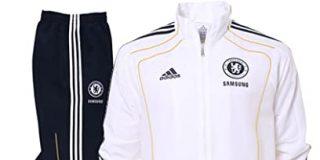 Qué mejor que una ropa adecuada a la situación, los chándales de fútbol serán tu equipación preferida