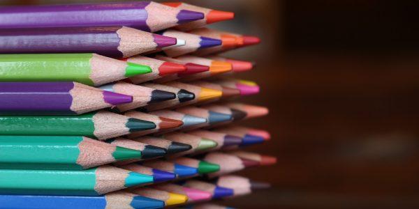 Una ocasión de llevar donde quieras tus ganas de pintar o dibujar son estos lápices de colores