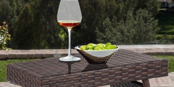 Un toque de estilo en tus exteriores a través de las mesas auxiliares de terraza que te sugerimos