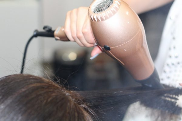 Hacer una compra de secadores de pelo es tan fácil que bastará con un clic, encuentra tu oferta