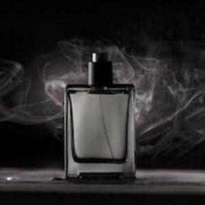5 perfumes intensos y duraderos para hombre, (que te enamorarán💘)