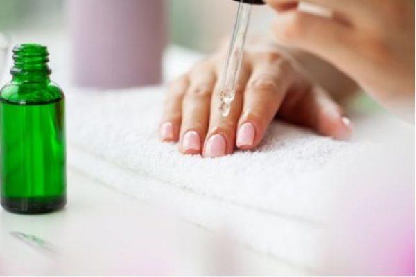 Mejores aceite para uñas y cutículas