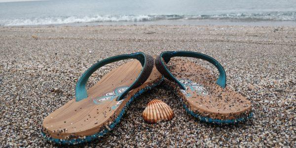 El mejor calzado de piscina o playa son las chanclas